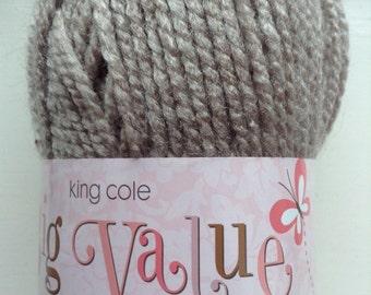 King Cole big value chunky knitting wool -caramel 546 -