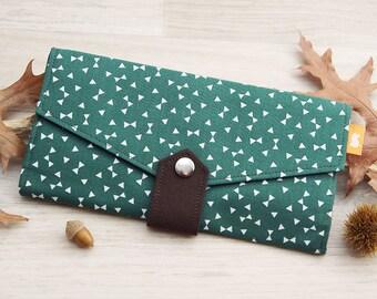 Little triangles wallet, Forest green womens wallet, Family travel wallet, Green triangles and flowers purse, women's clutch wallet,