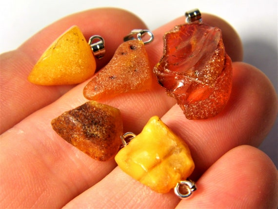 Lot of 5 natural genuine raw unpolished Baltic Sea Amber stone pendants multi-color 3.4 grams authentic women's jewelry FREE SHIPPING! 2679