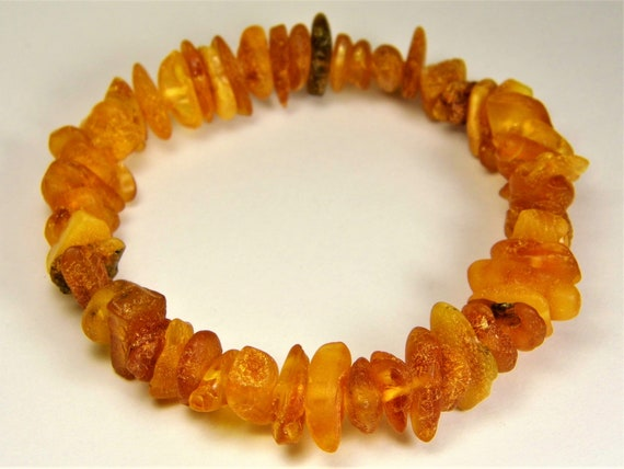Baltic Amber bracelet natural genuine stones stretchable 11 grams men's / women's / unisex jewelry authentic unique gemstone 1060a