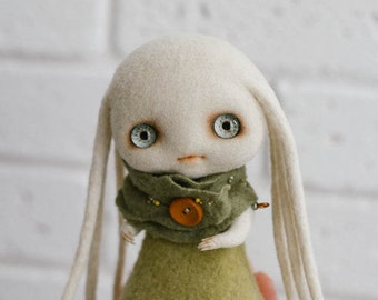 Collectible doll 'Lala'. Creature fantasy. Art doll. Fantasy doll. Needle felted doll. Felt doll. OOAK toy. Art fantasy. Wool doll.