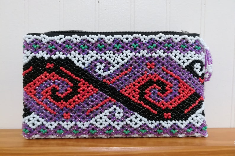 Ethnic Beaded Purple Purse With One Compartment Statement image 0