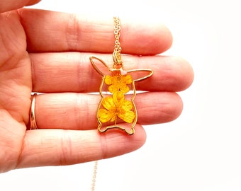 Yellow anime necklace Birthday gift with real flowers Resin jewelry Nature lover gift Pressed flower jewelry Valentines gift anime jewelry