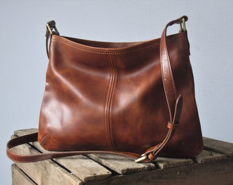 Brown leather crossbody bag, purse with zipper, small shoulder bag
