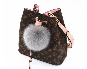 Light Gray Fox Fur Keychains Genuine pompom Tote charm, plush furry  keychain, furry ball keyring fluffy purse charm many color be customize 0d907d1a43