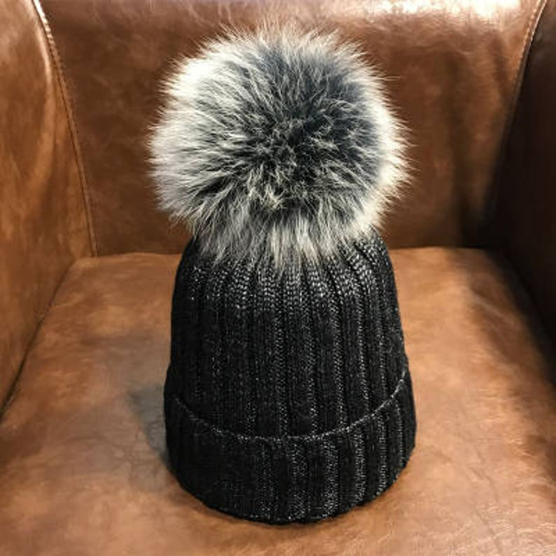 Black Beanies Snow Gray Fox Furry Balls Hats Pompoms Handcraft  9e0dab1499d