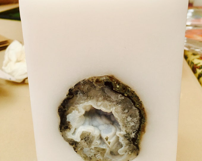 Handcrafted Small Square Intention Candle with an inlaid Crystal Geode that illuminates when lit! Burns for 125 Hours