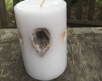 Crystal Candle ~ Small Round Scented Candle inlaid with Crystals, Gemstones & a small Geode that illuminate when lit!