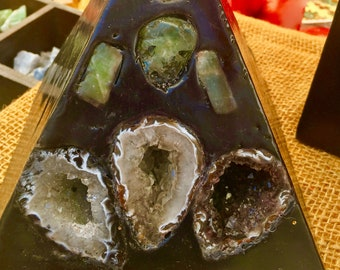 Crystal 3 Geode Black Pyramid Candle inlaid with Amethyst,Clear Quartz, Selenite , Citrine, & BCrystal Geodes that  illuminate when lit.