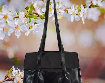 6a03308e2a7db8 100% Authentic Vintage Prada Handbag - Designer Handbag - Prada Black  Vermis Metal Leather Shoulder/Hand Bag - Made in Italy - Vintage Prada