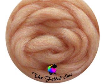 Needle Felting Wool Roving / ES26 Peach Moonstone Carded Wool Sliver