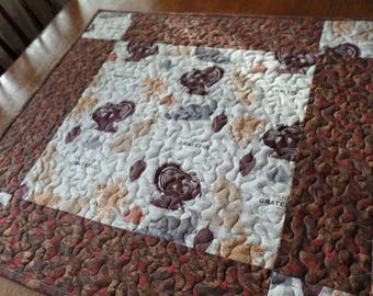 Thanksgiving Table Topper, Fall Quilted Table Topper, Turkey Table Topper, Modern Centerpiece