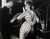 A Kiss on the Air - Vintage Art 20s Pop-Art Style - Unique and Original Black and White Painting
