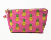 Pineapple cosmetic bag, p...