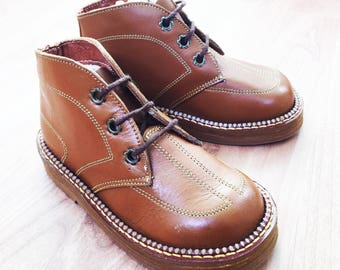 3239e3c703af7c 50s Brown Leather Boots Made in France EU 26