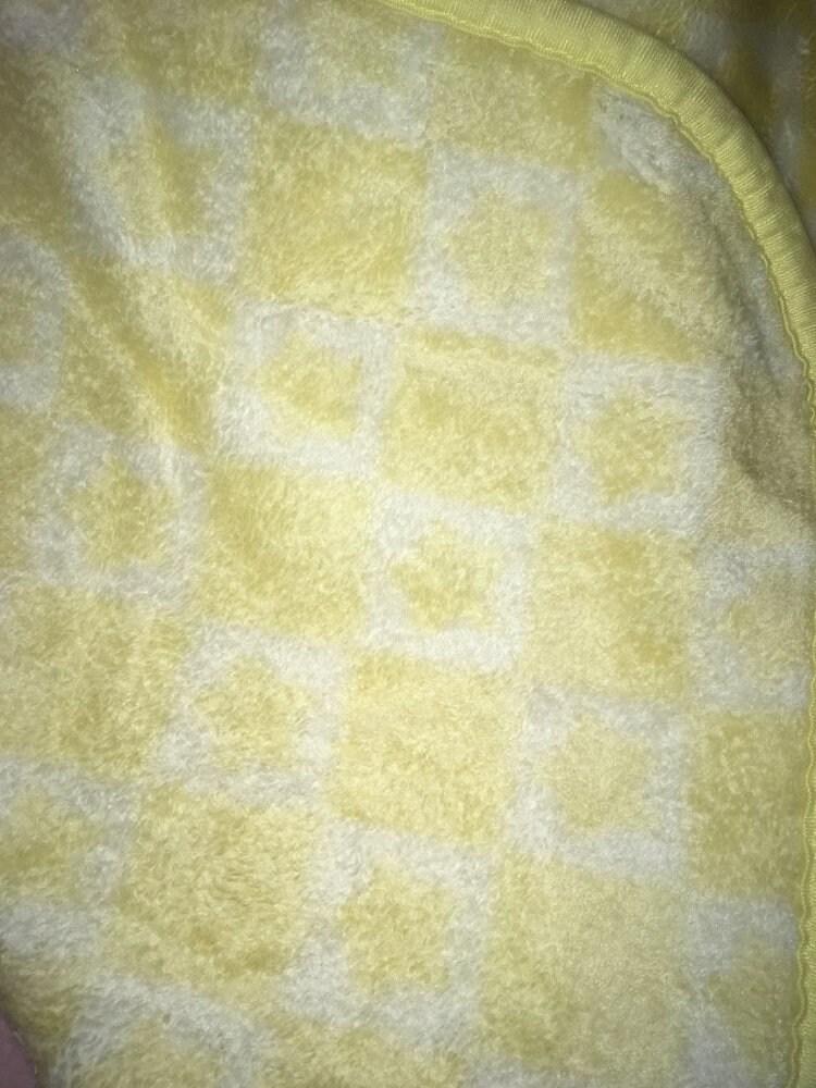 """Vintage bébé couverture étoiles carrés jaune blanc à carreaux Vichy Shiney sécurité garniture douce 30 """"x 43"""" carrés"""