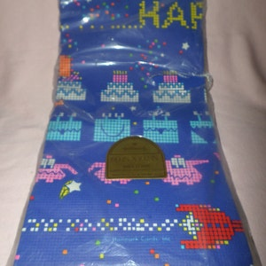 Vintage Zodiac Tablecloth Plastic Horoscope Party Mod Retro Clues about you hang conversation NIP Signs 72x42 You get 2