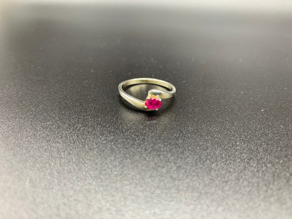 Single Ruby *** Vintage Ruby Ring in 925 Silver *… - image 2