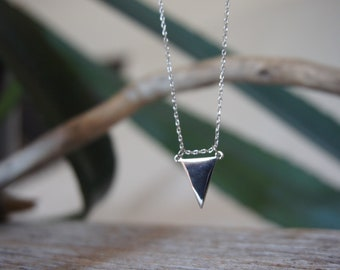 Sweet Delicate necklace with triangle