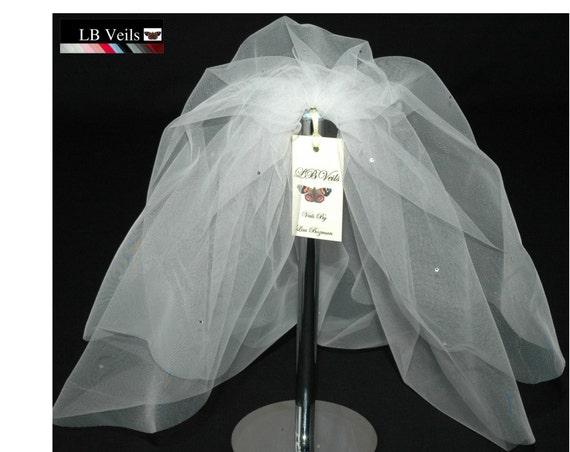 2 Tier Crystal Bouffant LB Veils 154 UK