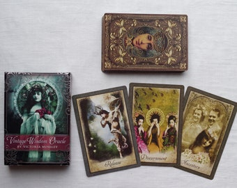Vintage Wisdom Oracle - Intuitive Card Reading