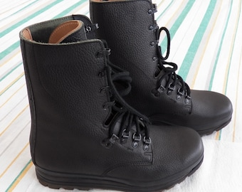 69e594fe6c8fd0 Vintage Mens Swiss Army Leather Boots BALLY KS90 Hiking eu 43 us 10 uk 9.5  285 Combat Boots Stiefel