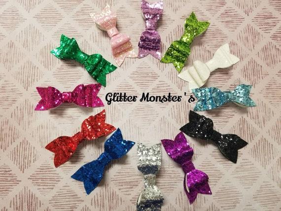"""Girls Handmade set of 2 football red white Glitter Hair Bow Clips 2.5/"""""""
