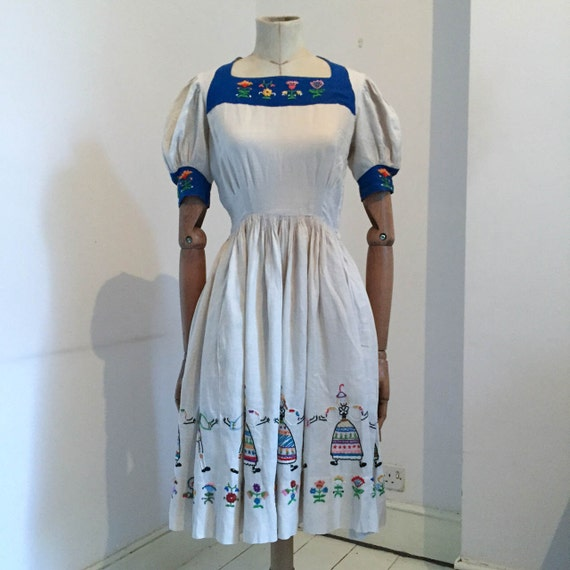 Vintage RARE 1940's Linen Embroidered Dress