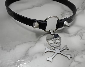 Cold Death Choker - Skull and Crossbone Spiked Choker Necklace