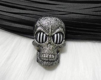 Glitter Skull Brooches - Resin Skull Brooch with Glitter