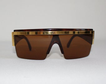 0dd855d4485 Vintage Authentic Gianni Versace Sunglasses Brown Gold Made in Italy