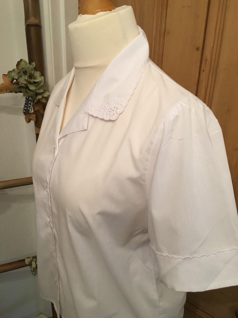Gorgeous Vintage White Blouse UK Size 16