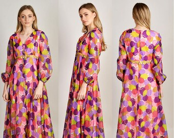 absolutely stunning and whimsical patterned chiffon hippy maxi dress      H7