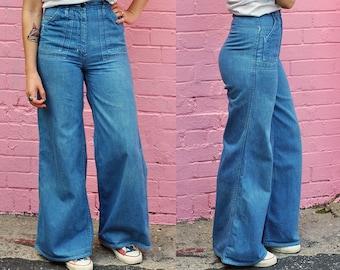Vintage 1960's dazed and confused  Flared denim with front pockets!   H2 bells