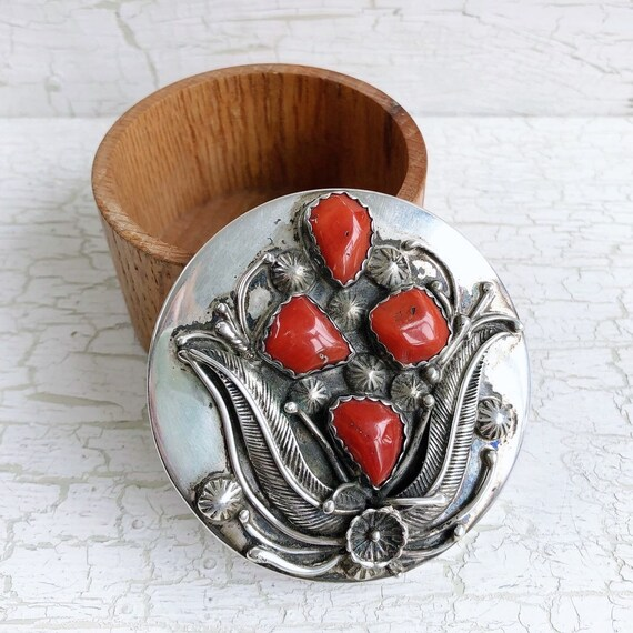 Vintage Navajo handmade round wood trinket or jewelry box with sterling silver and four-stone natural coral lid