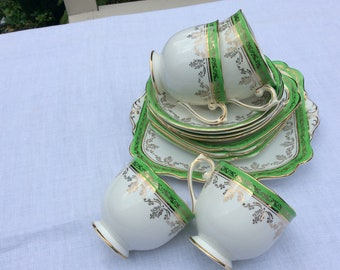 Art Deco Roslyn 13 Piece Tea Set bright green gilt vintage