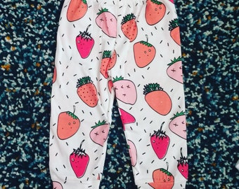Strawberry Patch Leggings