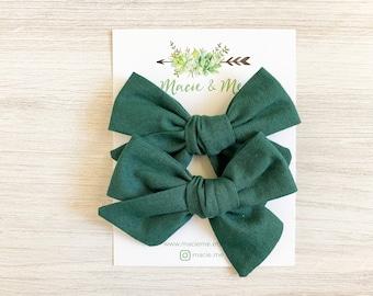 Green Linen Medium Schoolgirl Bow(s) - Christmas hair Bows - Pigtail Bows - Pinwheel Pigtail Bows - Green Hair Bows