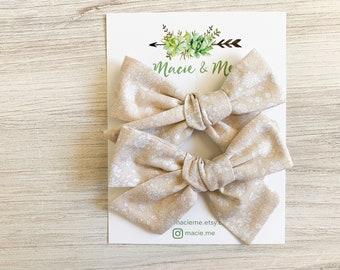 Cream Floral Medium Schoolgirl Bow(s) - Christmas hair Bows - Pigtail Bows - Pinwheel Pigtail Bows - Neutral Floral Hair Bows