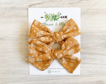 Mustard Floral Medium Schoolgirl Bow(s) - Christmas hair Bows - Pigtail Bows - Pinwheel Pigtail Bows - Fall Floral Hair Bows