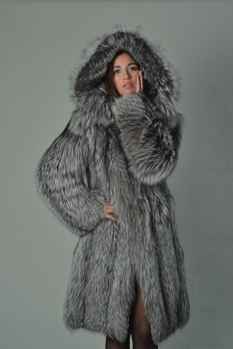 b58677fa328 Silver Fox Fur Coat Women s Hooded Knee Length  Luxury