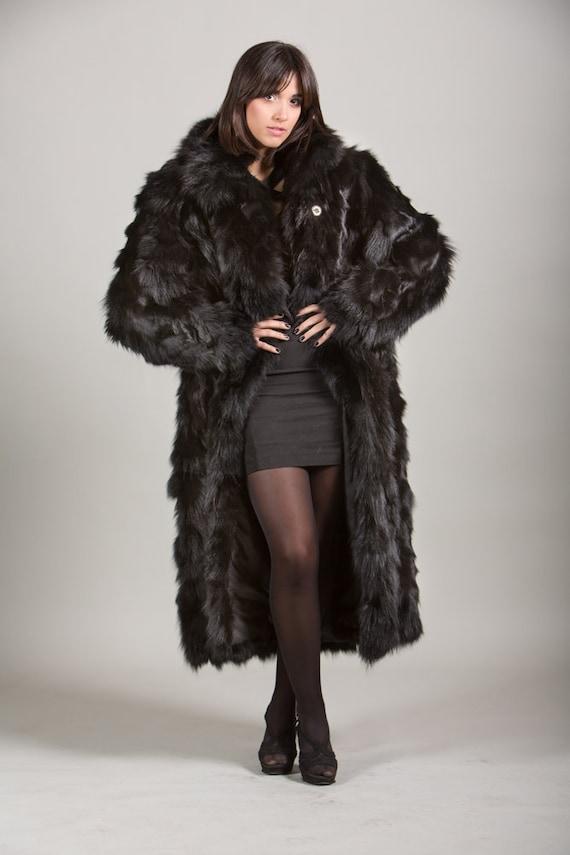 Luxury giftHigh Quality Red And Black  Fox Fur Collar /& cuffs  Women/'swedding or anniversary present