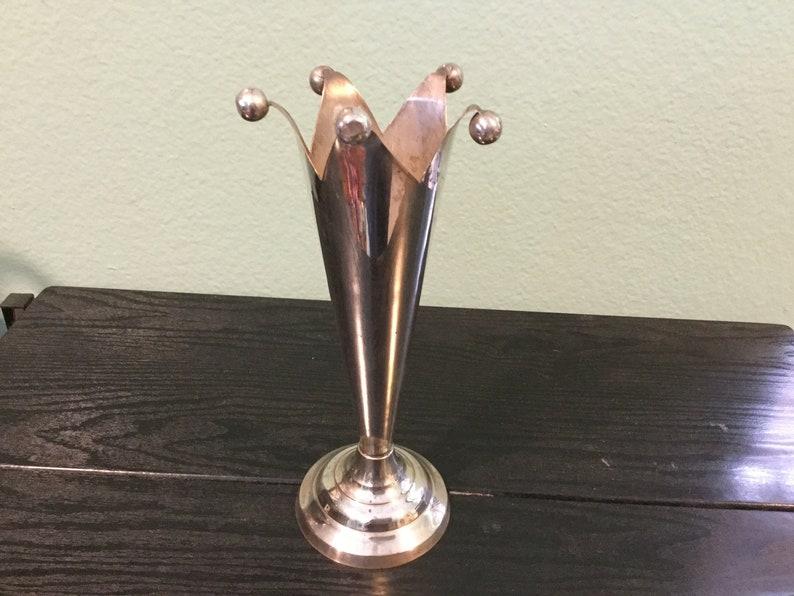 Vintage Art Deco Silver Plate Trumpet Vase / Unique Jesters Top Hat Rim w 5  Ball Tips / Deco Trumpet Vase / Deco Moderne Silver Plated Vase