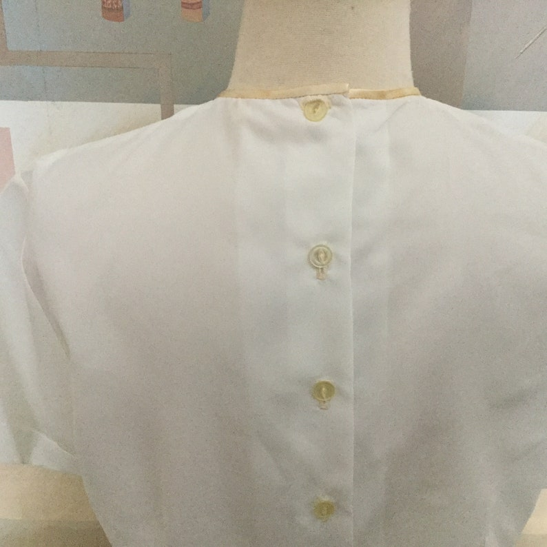 50s White Shortie Nylon Blouse  50s Rockabilly Nylon Blouse  Back Button Top  Lace /& Bow Front Panel  50s Secretary Suit Blouse  Med