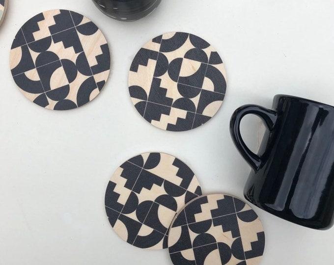 Shapes wood coasters set of 4
