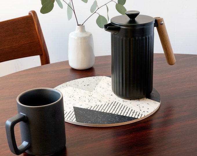 MEMPHIS trivet centerpiece  / desk coaster