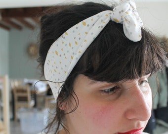 Headband yellow geometric pattern