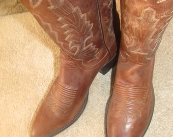 9a6499fd26b Vintage Men's Cowboy & Western Boots | Etsy