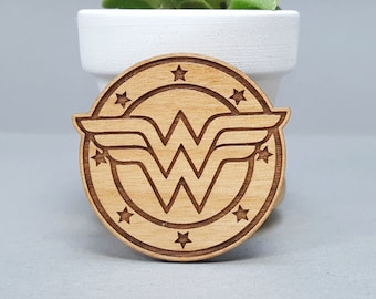 Wonder Woman - Magnetic Wood Brooch - Laser Engraved - Avengers Lapel Pin