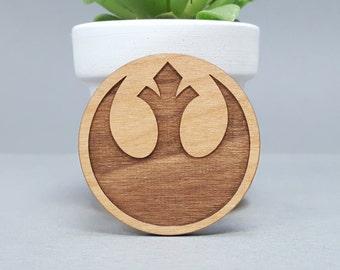 Star Wars Rebel Alliance - Magnetic Wood Brooch - Laser Engraved - Lapel Pin